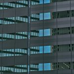 なぜ「オフィスのない会社」は生産性が高く、チームワークが良いのか。