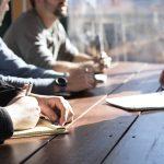 企業の採用選考は各ステップで、どれくらいの人が受かるのが「普通」なのか。