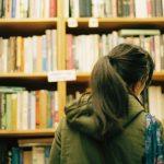 書店でちゃんと本が選べない人の「本選びリテラシー」は、どうしたら身につくか。