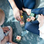 「親ガチャ」は問題だと思うけど、自分の子供にはスタートダッシュさせたいというのが本音。